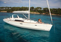 Jedrilica Beneteau Oceanis 50 New