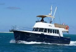 Motorna jahta Beneteau Trawler 42