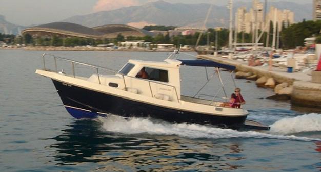 Damor 700