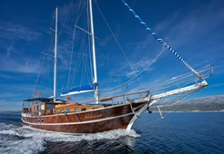 Jedrenjak Gulet Atalanta