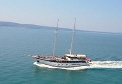 Motor-sailer Kapetan Luka