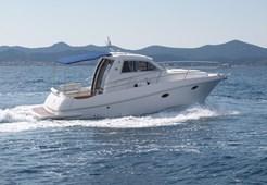 Motor YachtAdex Motivo 29