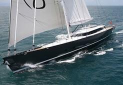 Luxury yachtAlloy Yachts 52