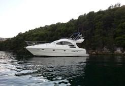 Motor YachtAzimut 39