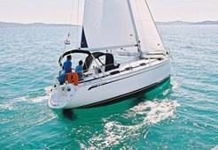 Sailing BoatBavaria 30