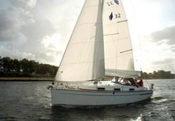 Sailing BoatBavaria 32*