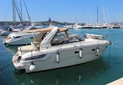 Motor YachtBavaria 32 Sport