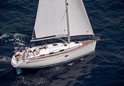 Sailing BoatBavaria 33 Cruiser