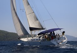 Sailing BoatBeneteau Oceanis 473-3 cabins