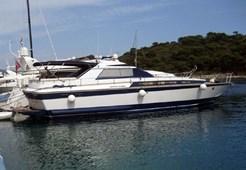 Motorni brodCantieri di Pisa Akhir 18S na prodaju