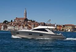 Cyrus Yachts 13.8 Flybridge