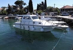 Motor YachtDamor 800