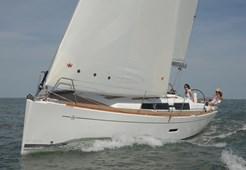 Sailing BoatDufour 335