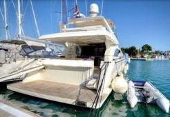 Luxury yachtFerretti 680