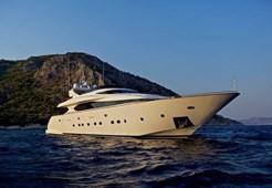 Luxury yachtMaiora 33