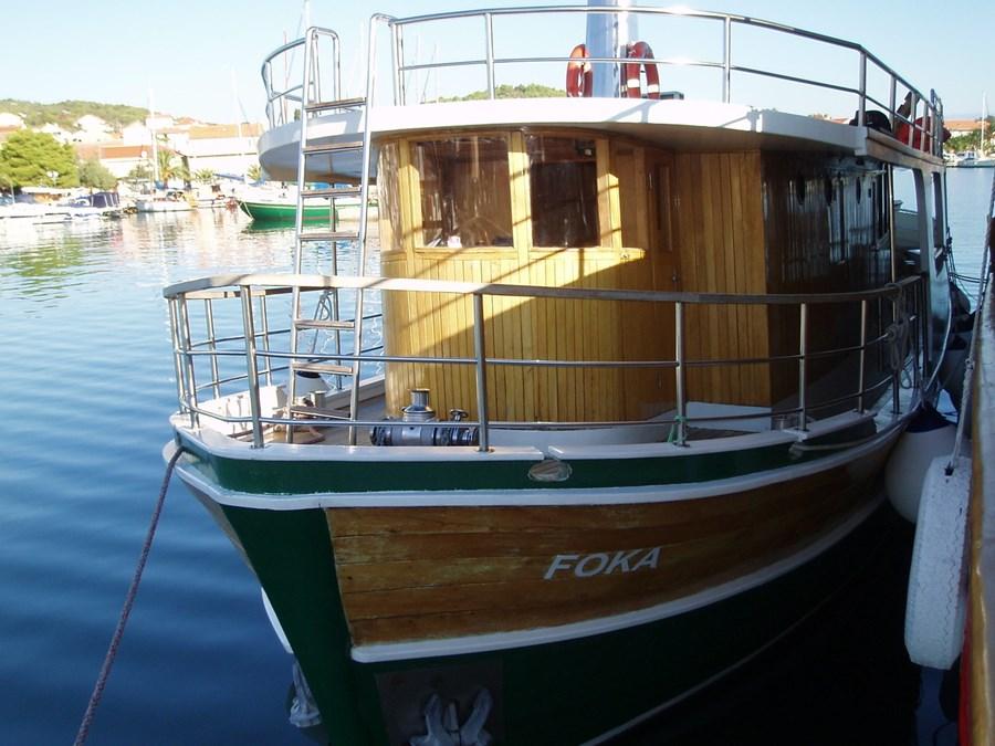 Motor-sailer Foka