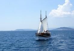 Motor-sailer Mihovil