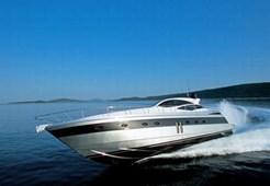 Motorni brodPershing 62 na prodaju