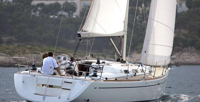 sail Dufour 44