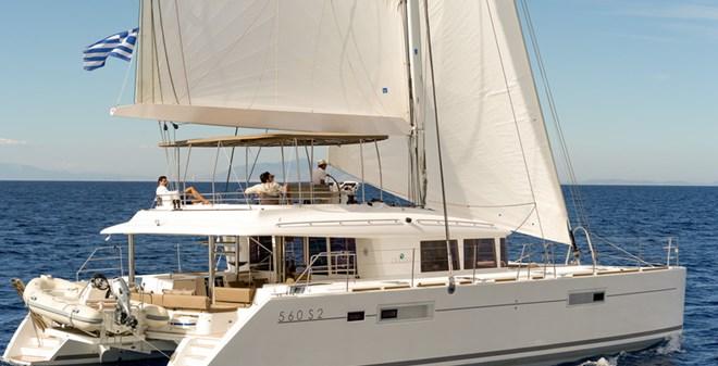 catamarans Lagoon 560 S2