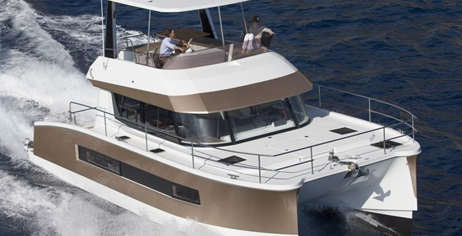 motor Fountaine Pajot MY 37