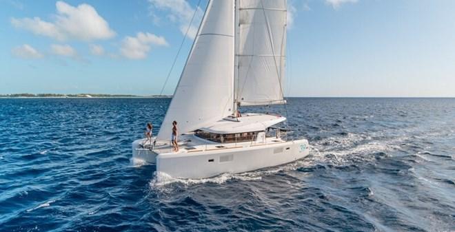 catamarans Lagoon 39 charter