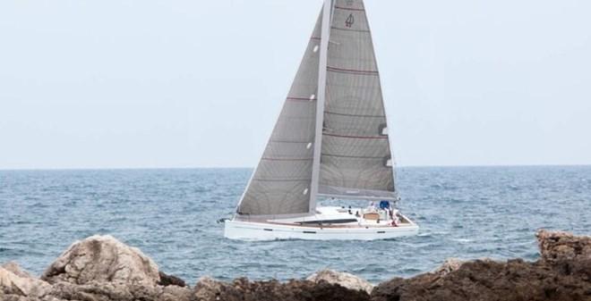 sail Dehler 42