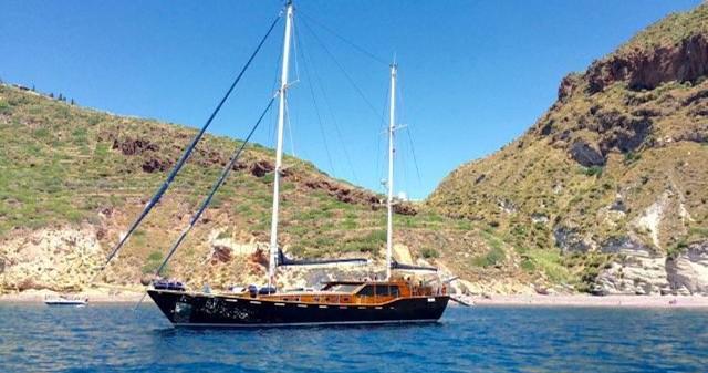 motorsail Motor-sailer Montecristo