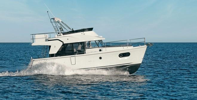 motor Beneteau Swift Trawler 35
