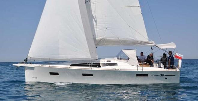 sail Cobra 38