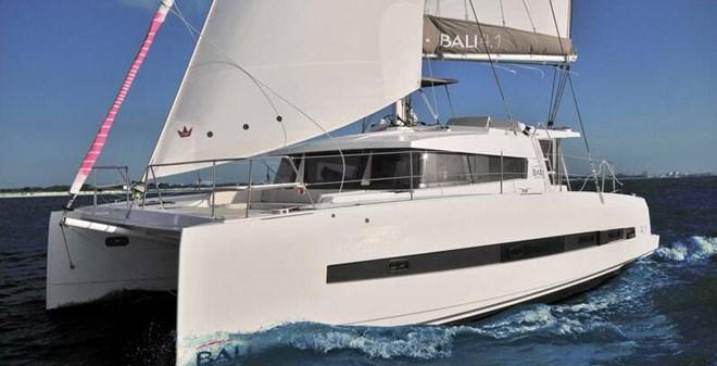 catamarans Bali 4.1 Owner