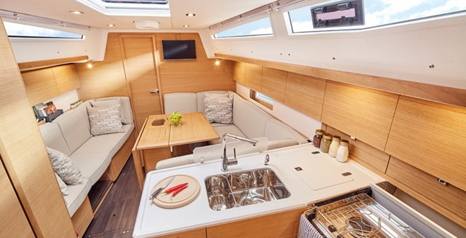 sail Elan E5