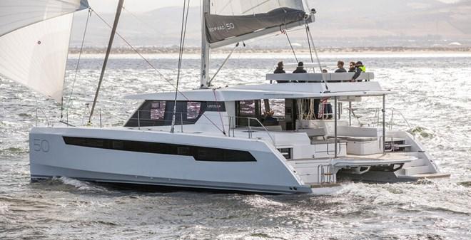 catamarans Leopard 50