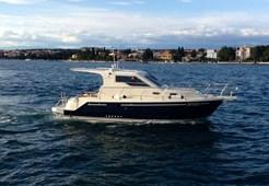 Motor YachtSAS - Vektor 950