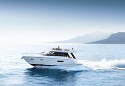 Motor YachtSealine F450