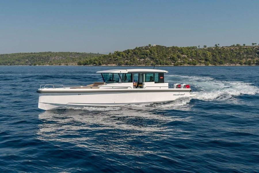 Axopar 37 for charter in Trogir