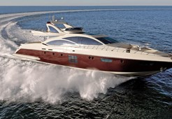 Azimut 103 S for charter in Split