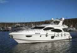 L Azimut 68 E for charter in Split