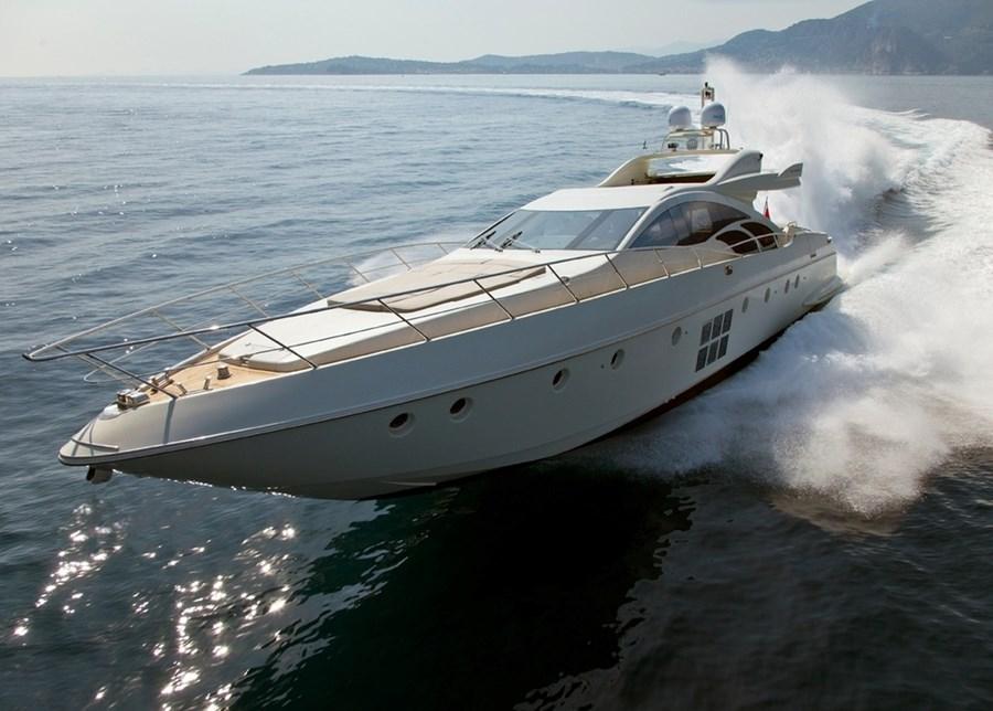 Azimut 86 S for charter in Split