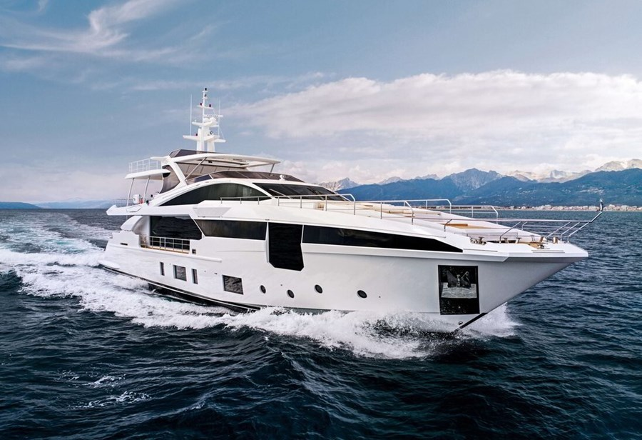 Azimut Grande 35M for charter in Split