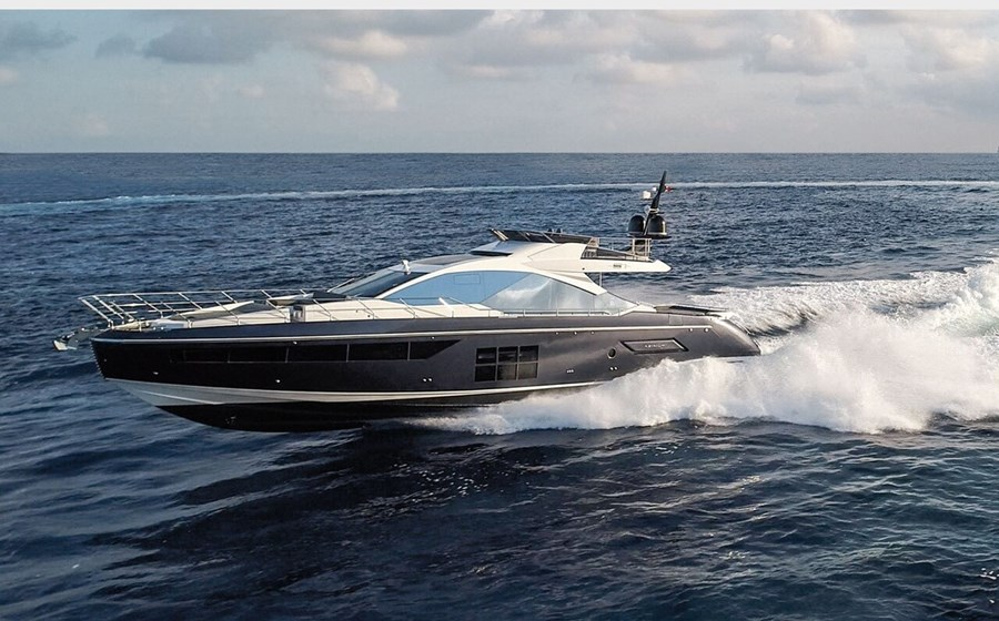 Azimut S7 for charter in Split