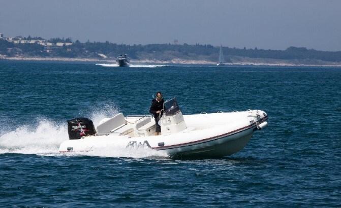 BWA Sport 22 GT for charter in Zadar