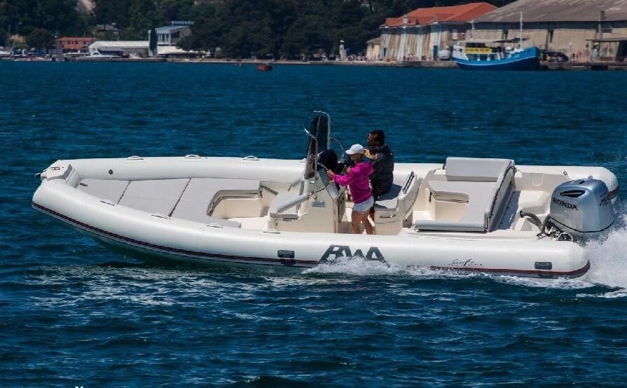 BWA Sport 26 GT for charter in Zadar