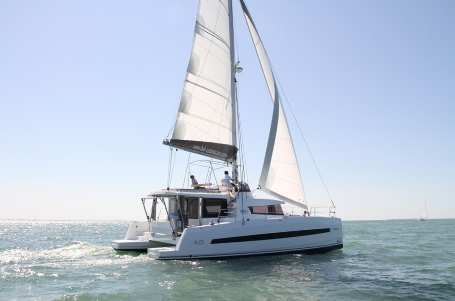 Bali 4.3 for charter in Trogir