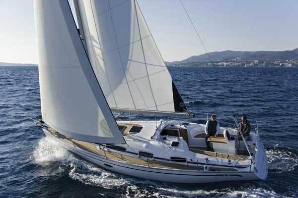 Bavaria 34 Cruiser for charter in Sukosan