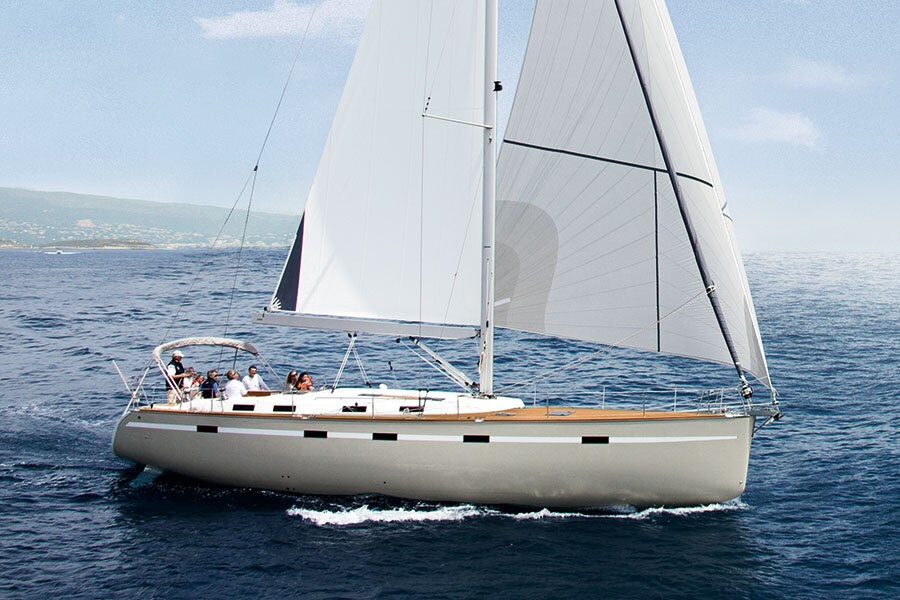 Bavaria 55 for charter in Pula