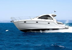 Bavaria Sport 34 HT for charter in Pula