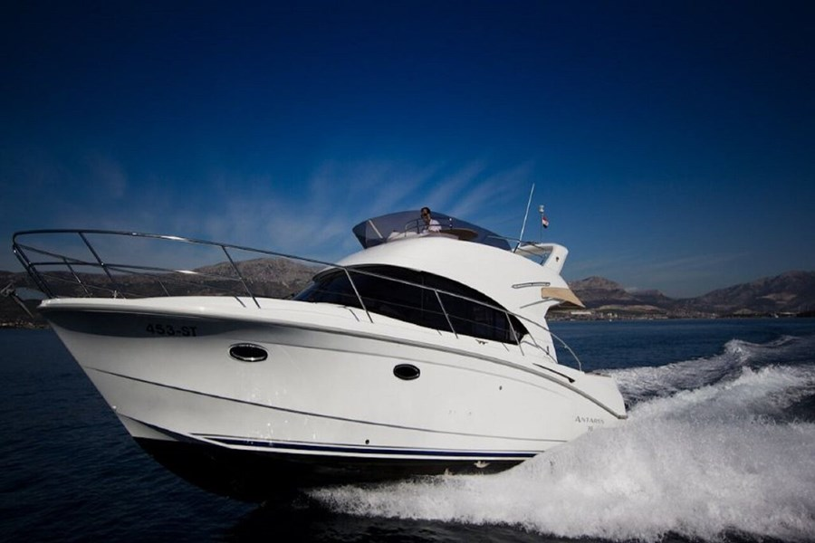 Beneteau Antares 36 for charter in Split