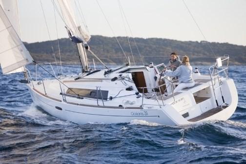 Beneteau Oceanis 31 for charter in Zaton