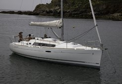 S Beneteau Oceanis 34 for charter in Sukosan